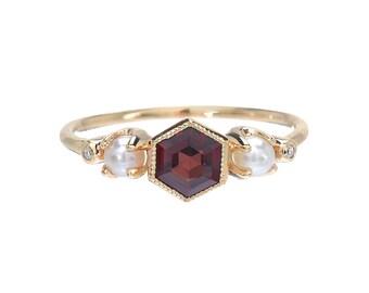 Garnet Ring, Gold Garnet Diamond Pearl Ring, Engagement Ring, Birthstone Ring, Vintage Style Ring, Deco Ring, Hexagon Ring, Pearl Ring,Nixin