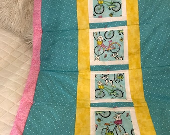 Dog print baby quilt