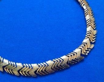 """Napier vintage gold tone 16"""" x 1/2"""" choker necklace.Designer signed."""