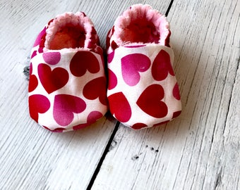 Valentine's Day Shoes, Hearts, Love, Baby, Infant Shoes, Gender Neutral, Booties, Crib Shoes, Ombre pink