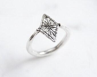 Starry diamond ring - silver