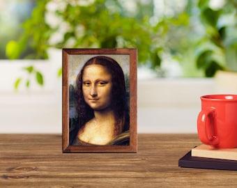 Mona Lisa Leonardo da Vinci Timber Frame see-through print that glows in natural  light