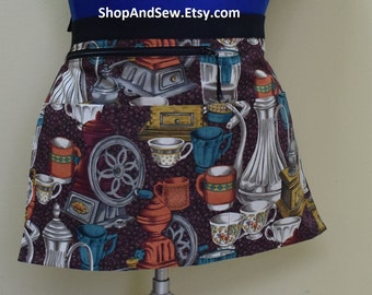 Plus size Barista half apron with 4 pockets, one has zipper for money.  Brown with coffee cups and pots. Server apron, vendor, 8 inch tablet