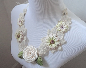 Boho Bride White Flower Necklace, Wedding Necklace, Brides Necklace, Statement Bib Necklace, Romantic White Rose Necklace, Mori Girl Jewelry