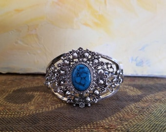Vintage 1970's Silver Tone Metal And Faux Turquoise Clamper Bracelet
