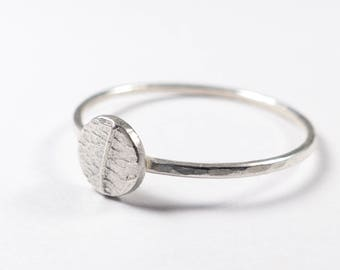 Silver Leaf Ring - Sterling Silver Ring - Dainty Ring - Stackable Ring - Gift for Her - Bridesmaids Gift - Delicate Ring - Thin Ring