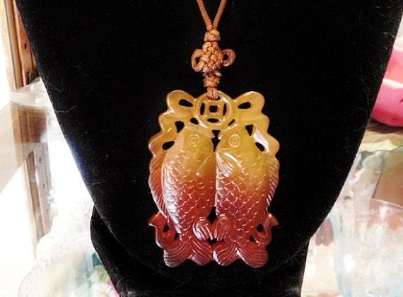 Chinese Pendant / Twin Koi / Golden Carp / Double Fish / Kissing