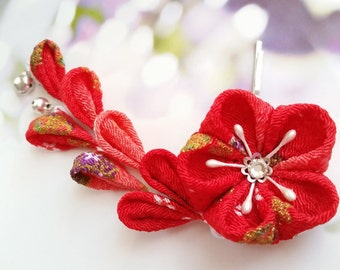 Kanzashi Red Gold Mini Bells Cherry Blossom Kimono Japanese Chirimen Fabric Flower Hair Clip Wedding Festival