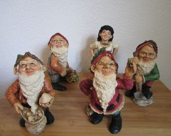 4 PCs gnome dwarf with Woman girl Castagna 1996 made in Italy handicraft sculpture fairy tale Snow White.