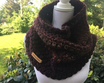 Warm wine red Cowl / Neckwarmer