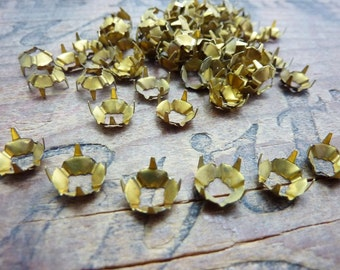 Vintage Brass Prong Sew On Setting  SS34 or SS35 7.5mm (6)