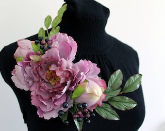 Flower & Berry Dress Corsage - Large Dusky Mauve Purple