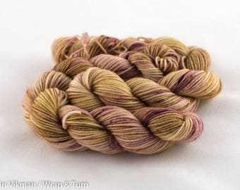 Colour 17 (OOAK) - Mini skein - Sock (Superwash Merino and Nylon)