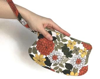 Vintage Fabric Wristlet | Zipper Top Bag | Earthy Floral Cotton