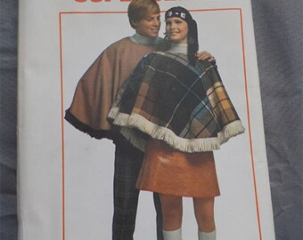 Vintage (1970) Simplicity 8969 Poncho Pattern