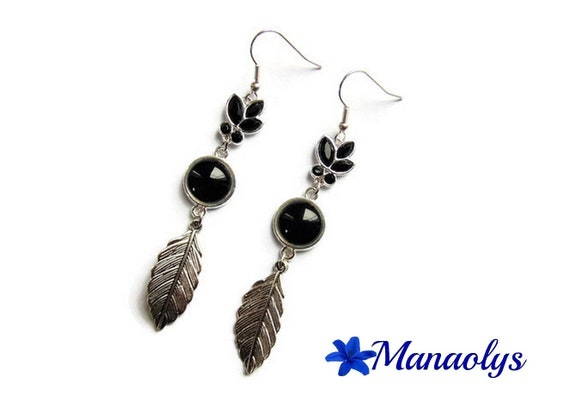 Long earrings, black glass cabochons silver feathers 2917