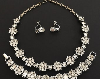 Vintage Wedding Jewelry Set, Vintage Jewelry, Flower Motif Lisner Necklace, Bracelet & Earrings, Clear Rhinestone Necklace, Bridal Jewelry