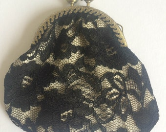 Vintage lace kiss clasp coin purse