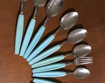 10 Pc Vintage Flatware Plastic Handles