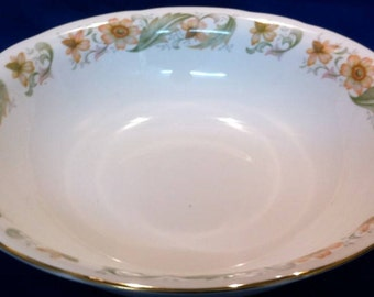 Duchess Greensleeves Round Large Serving Bowl