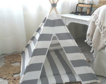 Pet teepee incl pillow in grey and white. Dog Tipi. Dog Teepee.  Dog house. Cat tent. Pet home. Dog bed, cat teepee, dog tent, dog pillow
