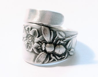 Bee Ring, Sterling Silver Spoon Ring, Insect Ring, Chunky Ring, Bug Ring, Wild Rose Ring, Bug Jewelry, Gardener Gift, Adjustable Size (V400)