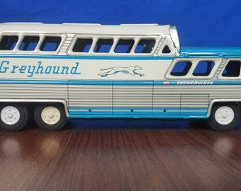 Vintage Greyhound Scenicruiser Coach Bus Friction Tin Toy #2570 Japan