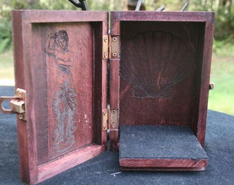 Aphrodite Portable Travel Altar Box
