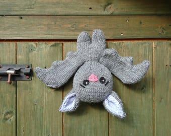Bigglesworth the Bat PDF knitting pattern