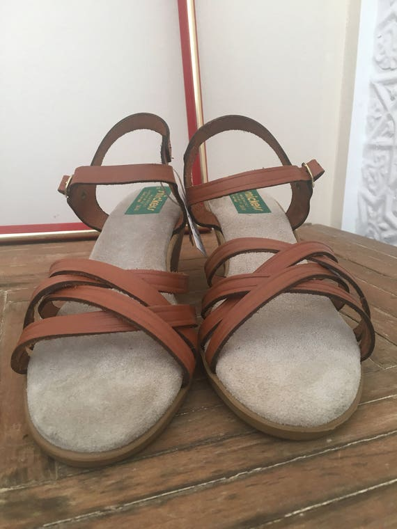 80's 70's Italian Brown Vintage Worn in Sandals Leather Deadstock Classic Size Never 8 Snickers Heeled Strappy Made Italy Adorable Wedges wfXq5xpEx