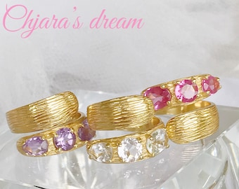 Ring gold and gemstones