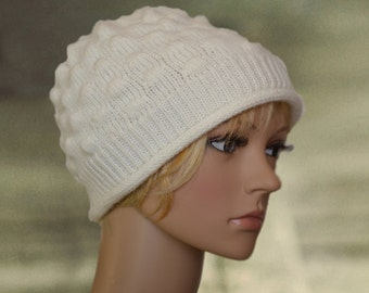 Wool winter beanie, White wool hat, Womens winter hat, Boho style beanie, Knitted white beanie, Knit warm beanie, Small winter hat, Wool cap