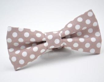 Mens Bowtie, Taupe Bow Tie, Biscotti Bow Tie, Groomsmen Bow Tie, Wedding Bow Tie