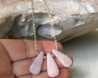 Kunzite Necklace, Kunzite Necklace Gold or Silver, Gold or Silver Kunzite Pendant Charm Necklace Kunzite, Kunzite Jewelry, Statement Jewelry