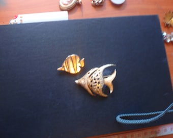 special on brooches Vintage Brooches Stunning fish from 1970s