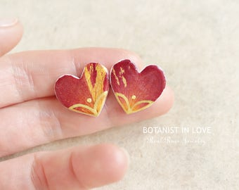 Heart Earrings With Real Rose Petals, Heart Earrings, Rose Stud Earrings, Real Flower Earrings, Preserved Flower Jewelry, Flower Jewelry,