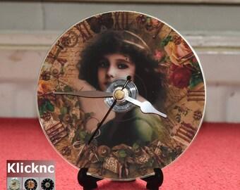Art Deco Clock 12cm