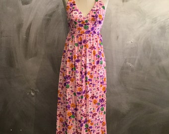 1970s floral maxi dress/floral maxi dress/psychedelic dress/keyhole dress/-S