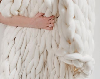 Chunky Knit Blanket, WINTER WHITE, Choose Size, Pure Merino Throw Blanket, Super Chunky Knit Blanket, Giant Knit Wool Blanket