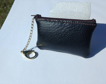 Coin purse with chain