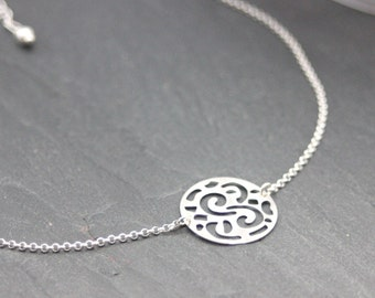 Minimalist necklace silver medal with laser cutting - circle necklace - silver choker - fine silver necklace - medal necklace