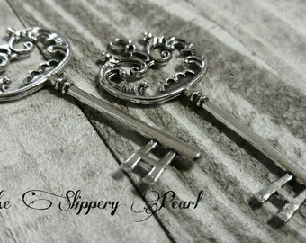 "Skeleton Keys Antiqued Silver Large Key Pendant Steampunk Keys Wedding Keys 68mm 2.67"" 2 pieces Double Sided Big Keys"