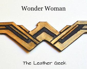 Wonder Woman bracelet, wonder woman cuff, wonder woman cosplay, leather bracelet, wonder woman armor, Gal Gadot, DC comics, justice league,