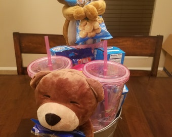 The bear theft stole my yummy goodies