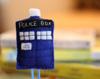 Dr. Who Tardis Felt Paperclip Bookmark
