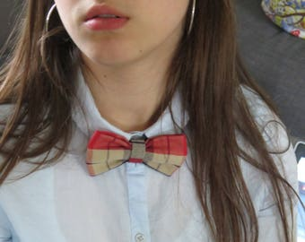 Handmade Plaid bow tie.