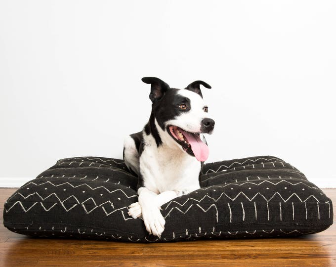 Black and White Mudcloth Dog Bed // Extra Large XL