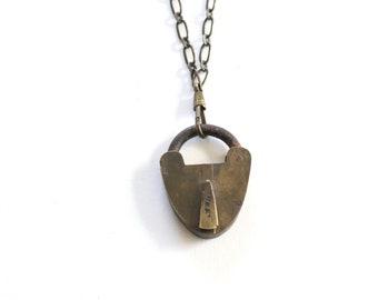 Vintage Small Lock Necklace / Vintage Padlock Necklace . tiny padlock  . mini padlock . small padlock . small heart lock