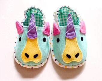 Unicorn Baby Shoes, Unicorn Baby Booties, Elastic Baby Booties, Fabric Baby Shoes, Pre-walker Booties, Newborn Infant Booties, Unicorn 01
