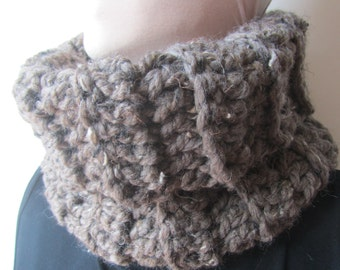 Brown Tweed Chunky Knit Cowl/Knit Cowl/Brown Cowl/Knitted Cowl/Gift for her/Gift for him/Crochet Cowl/Winter Cowl/Warm Cowl/Warm knit cowl